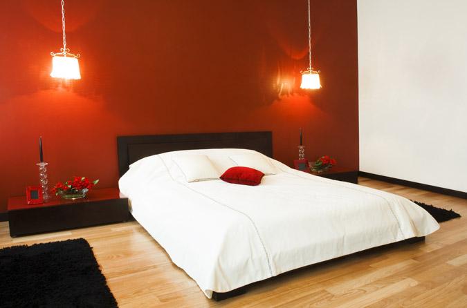 letto-parete-rossa | Mayday Casa Blog e Progetti