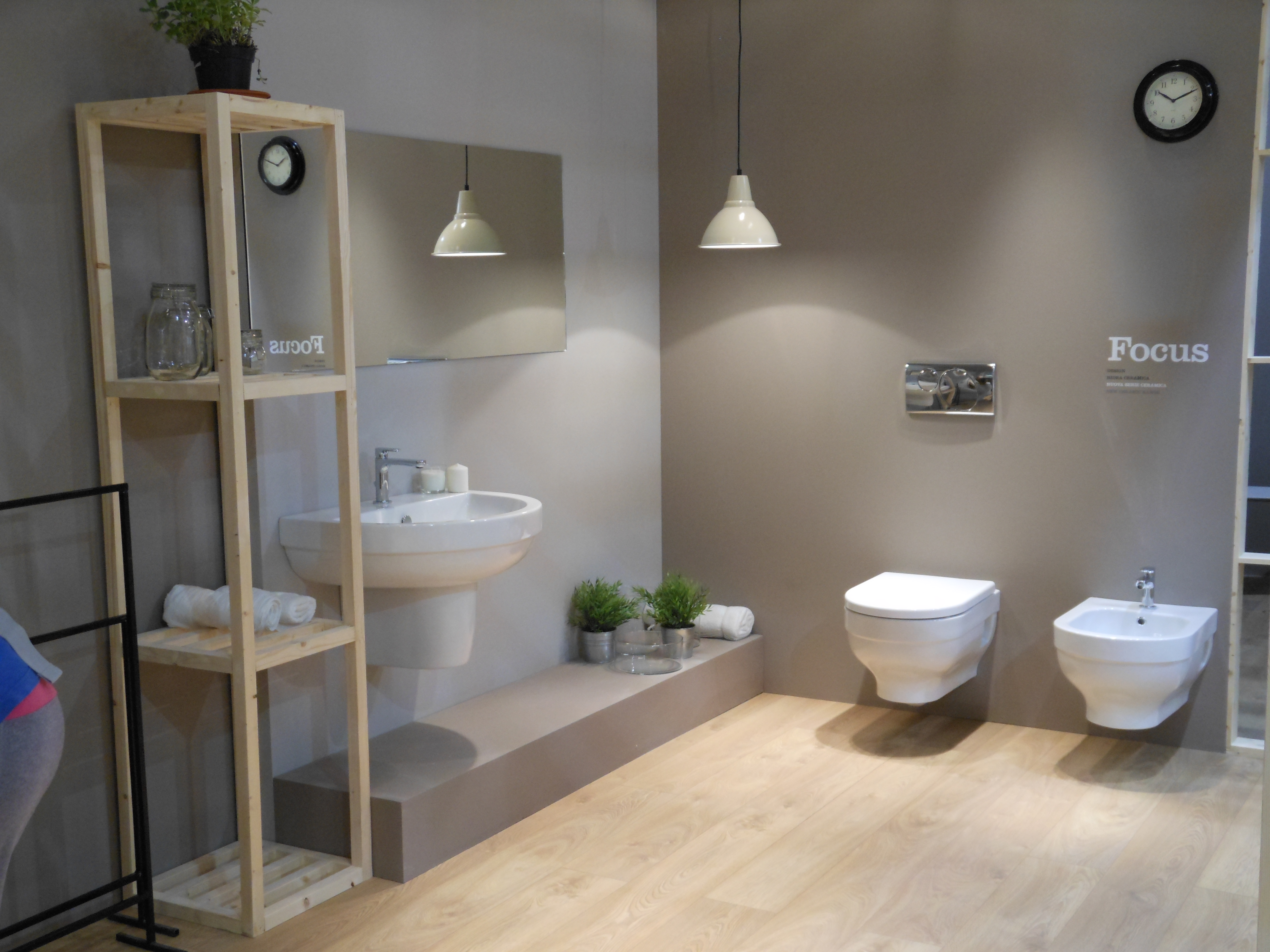 Il bagno in fondo a destra mayday casa blog e progetti for Portasalviette bagno design