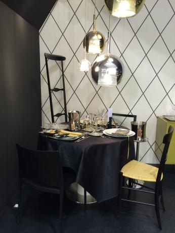 Chi ha detto che un tavolo piccolo non può essere bellissimo? Sambonet ci ha mostrato un esempio