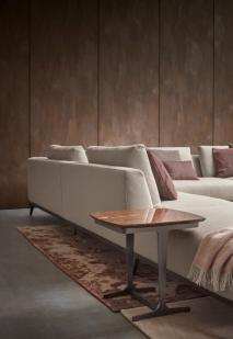 Olivier_divano centro stanza