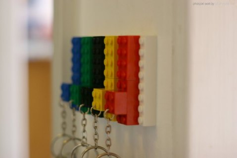 lego_key_hanger_2012_002_by_johan_i_eek