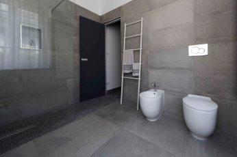 progetto-maydaycasa: bagno grigio