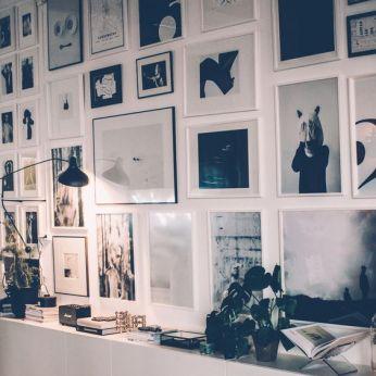 Come appendere i quadri idee per comporre la tua parete d for Quadri parete